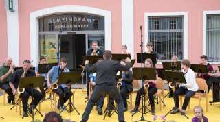 Bild zu BIG BAND SOUND BEIM CHARITY OPEN AIR
